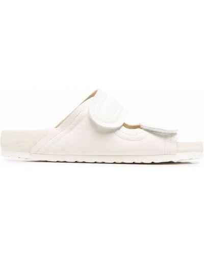 Białe sandały plaskie skorzane Birkenstock