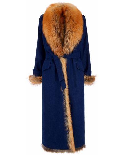 Длинное пальто пальто-халат из лисы Alena Akhmadullina