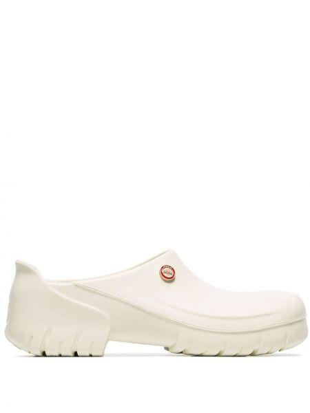 Chodaki - białe 032c