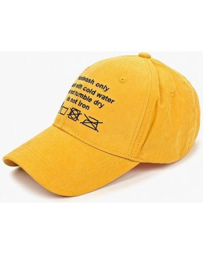 Бейсболка желтый Befree