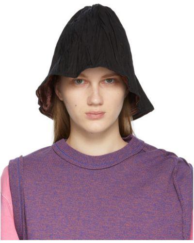Czarny kapelusz z nylonu z haftem Ader Error