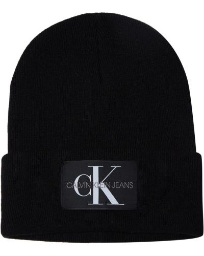 Шапка черная с нашивками Calvin Klein