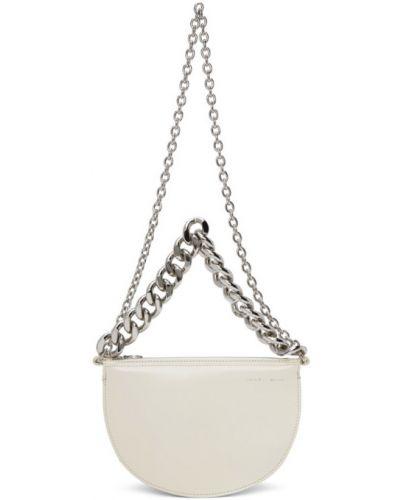С ремешком серебряная сумка на цепочке из натуральной кожи Kara