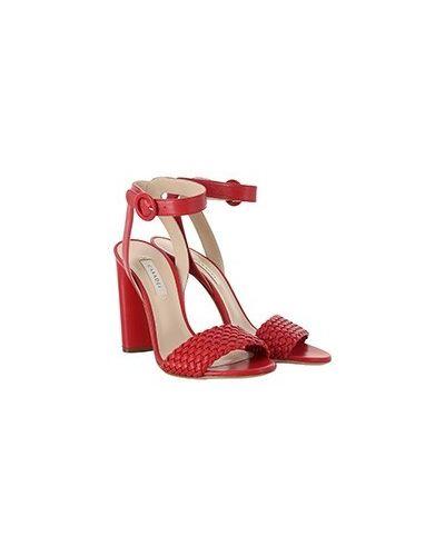 Красные кожаные босоножки Casadei
