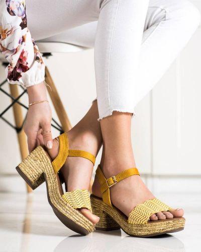 Złote sandały Evento