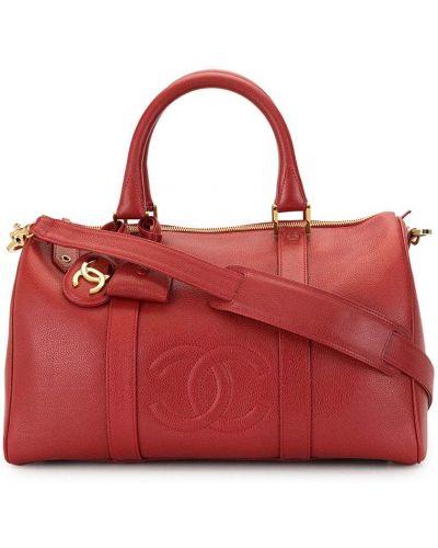 Кожаная золотистая красная дорожная сумка на молнии Chanel Pre-owned