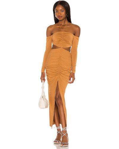 Вечернее платье с декольте Ronny Kobo