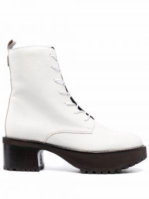 Ботильоны на каблуке - белые By Far