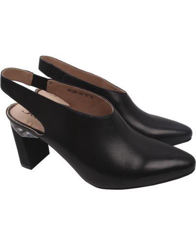 Кожаные туфли - черные Sasha Fabiani