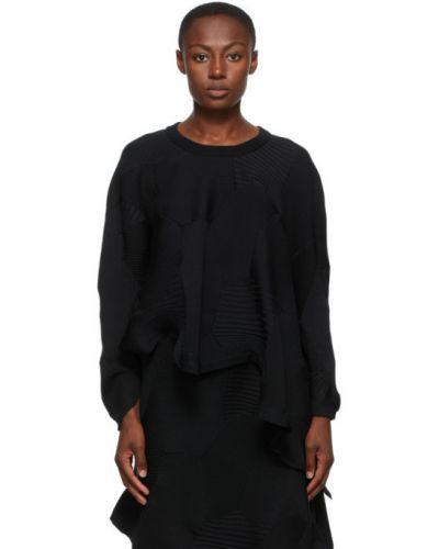 Czarny sweter asymetryczny z długimi rękawami Issey Miyake