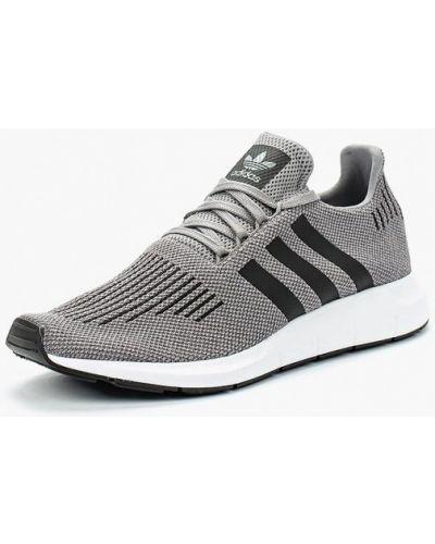 Серые кроссовки Adidas Originals