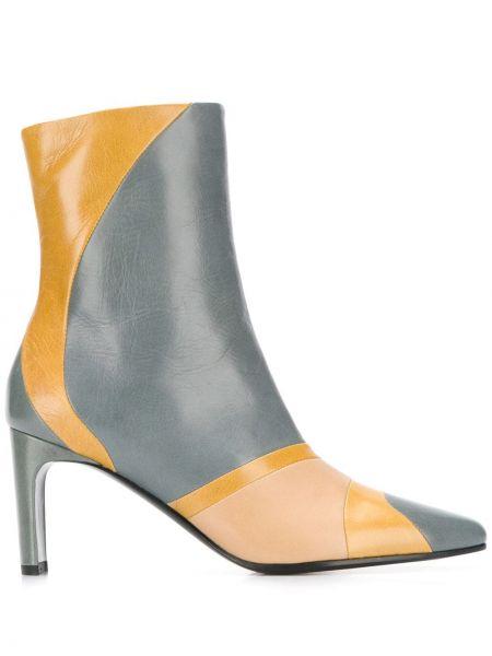 Ботинки на каблуке без каблука с острым носком Michel Vivien