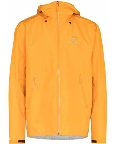 Оранжевая куртка на молнии Arcteryx