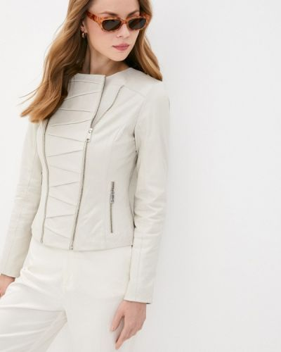 Кожаная куртка - бежевая снежная королева