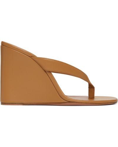 Розовые кожаные сандалии Amina Muaddi