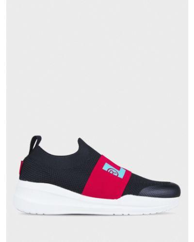 Текстильные брендовые черные кроссовки Levi's®