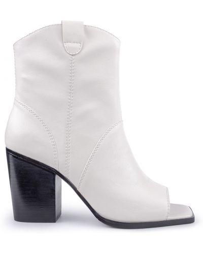 Ботинки - белые Miraton