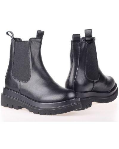 Ботинки - черные Lonza