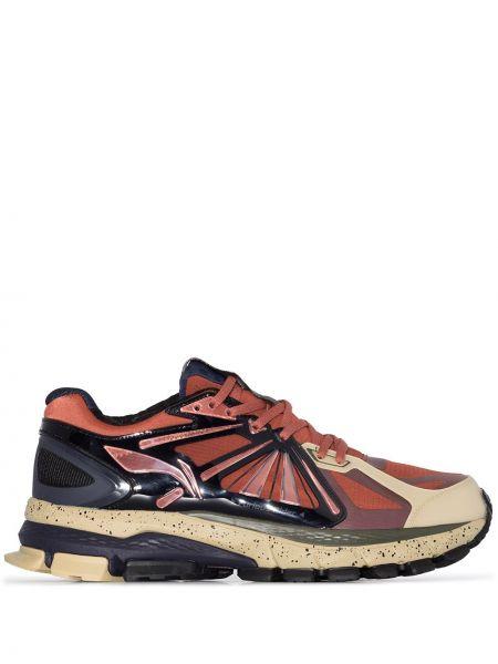 Кроссовки на шнуровке - коричневые Li-ning