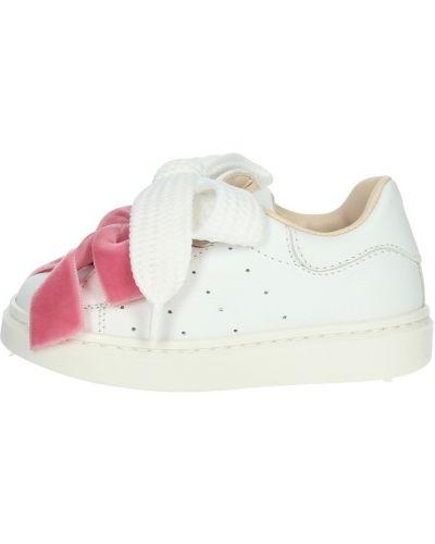 Białe sneakersy Florens