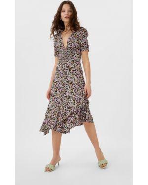 Платье миди с цветочным принтом с оборками Stradivarius