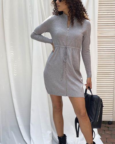 Трикотажное платье - серое Ebelieve
