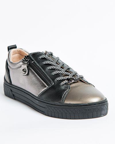 Брендовые кожаные туфли Vensi