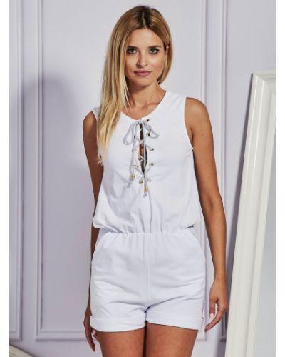 Biały kombinezon krótki koronkowy bez rękawów Fashionhunters