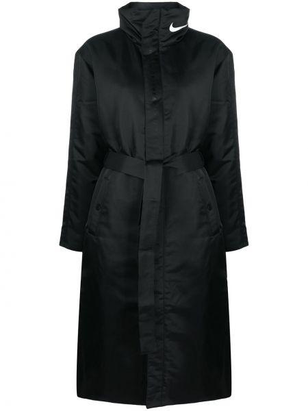 С рукавами черное стеганое длинное пальто Nike