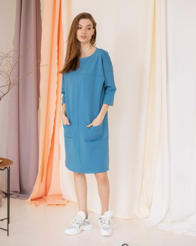 Прямое домашнее с рукавами платье миди Lovitton