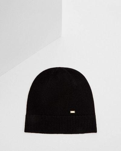 Черная шапка осенняя Escada Sport