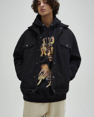 Черная джинсовая куртка Pull&bear