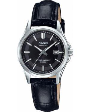 Водонепроницаемые часы черные на кожаном ремешке Casio
