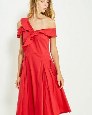 Платье красный осеннее Tutto Bene
