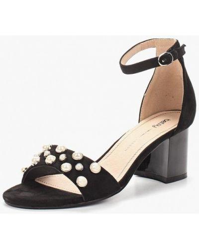 Босоножки на каблуке замшевые Betsy