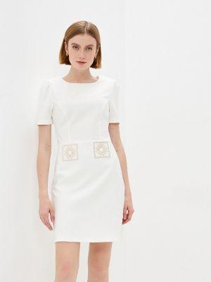Бежевое платье-футляр Rinascimento