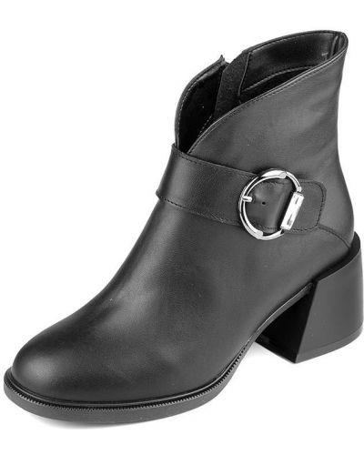 Кожаные черные ботинки на каблуке Pandora