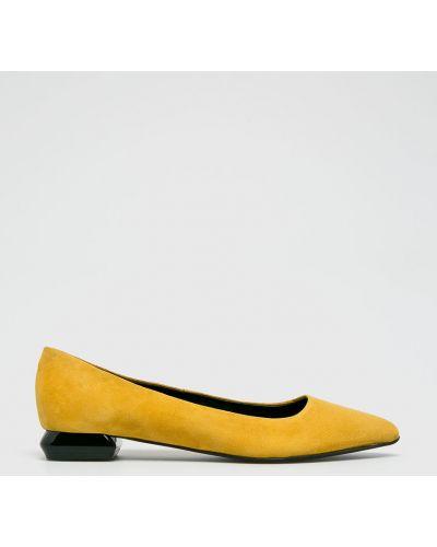Желтые балетки кожаные Gino Rossi