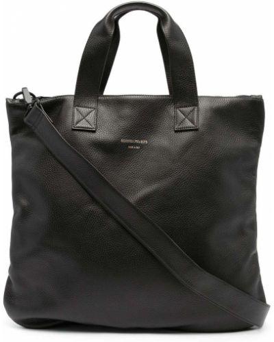 Czarna torba na ramię skórzana Common Projects