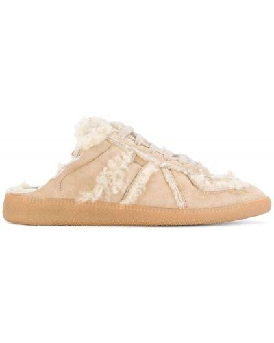 Бежевые кроссовки замшевые Maison Margiela