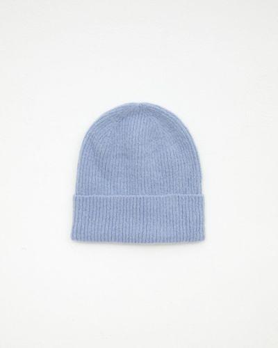 Голубая акриловая шапка Zarina