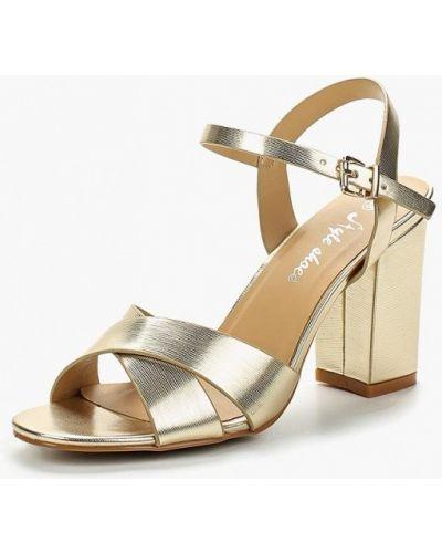 Босоножки на каблуке золотого цвета Style Shoes