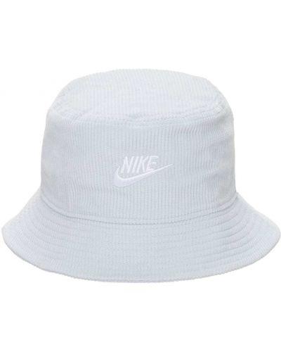 Biały kapelusz sztruksowy Nike