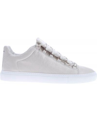Кроссовки на шнуровке с узором Balenciaga