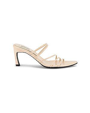 Кожаные бежевые сандалии на каблуке с завязками Reike Nen