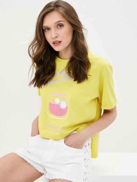Желтая футбольная футболка Sh