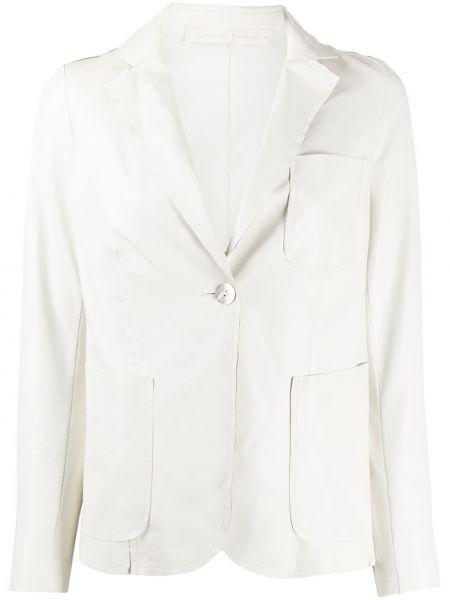 Приталенный белый кожаный удлиненный пиджак Salvatore Santoro