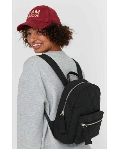 Черный стеганый текстильный рюкзак Stradivarius