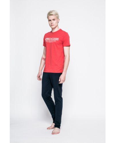 Красная пижама Henderson