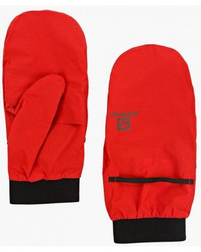 Красные перчатки Salomon